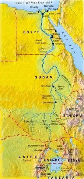 نهر النيل بمصر و اللون الاسود هو عباره